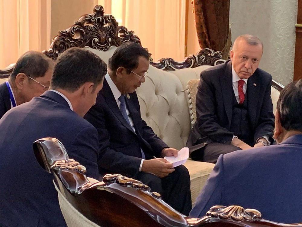 Le Premier ministre cambodgien Hun Sen et Recep Tayyip Erdoğan, Président de la République de Turquie