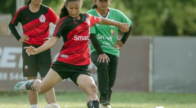 Sport : Développer le football féminin cambodgien pour les Jeux de 2023
