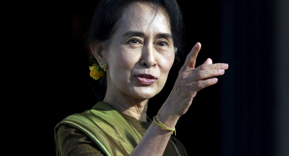 Aung San Suu Kyi. Reuters Catahl Mac Naughton (c)