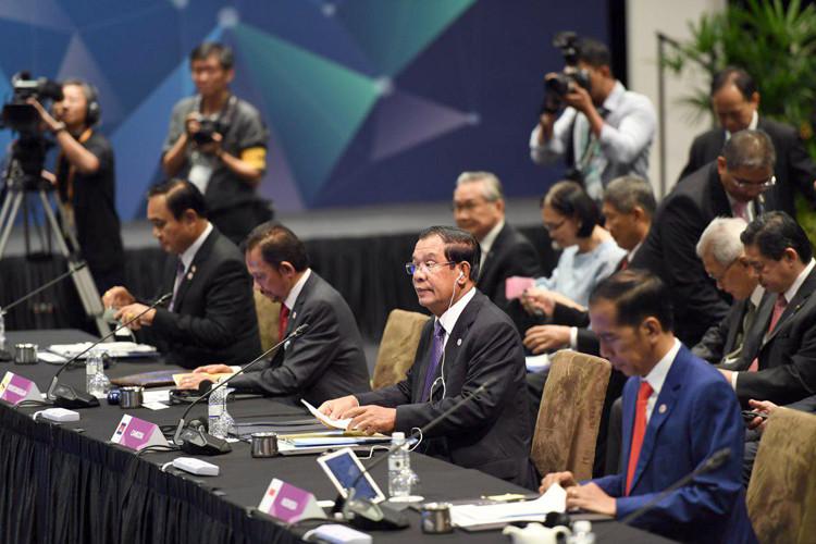 Le Premier ministre Hun Sen au sommet de l'ASEAN