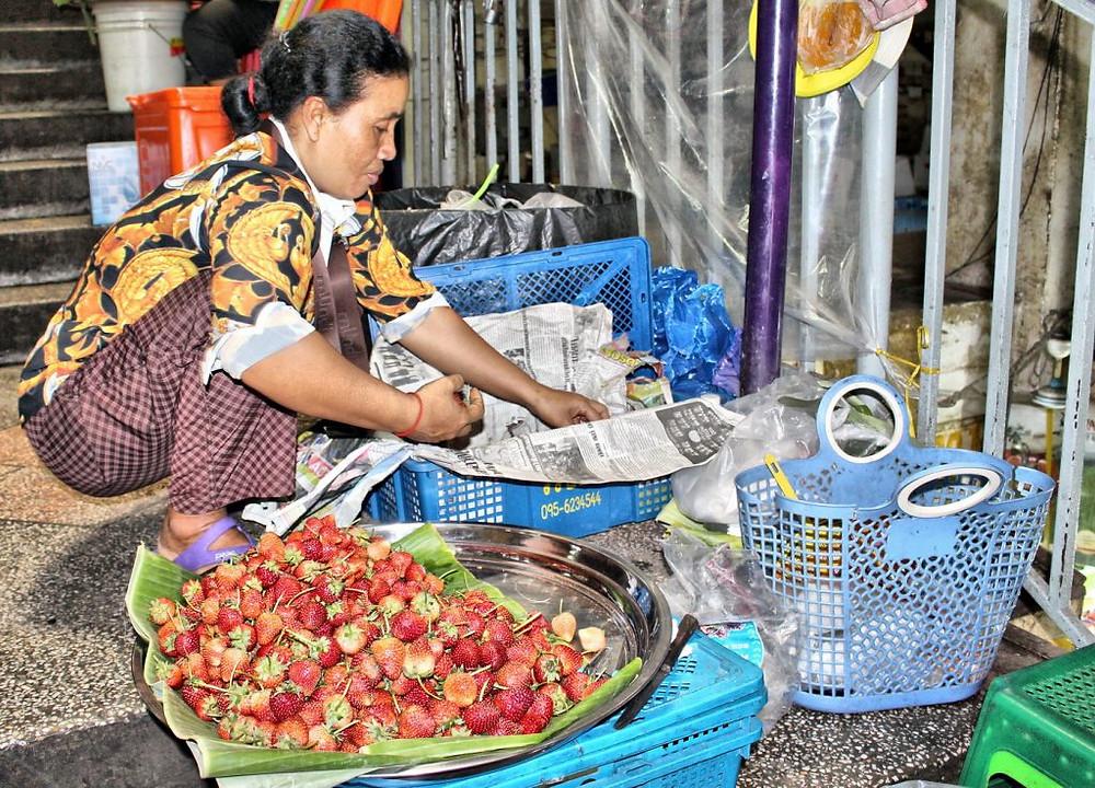 Vendeuse de fraises