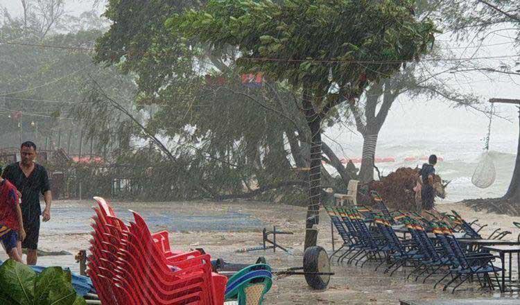 Tempête à Koh Rong