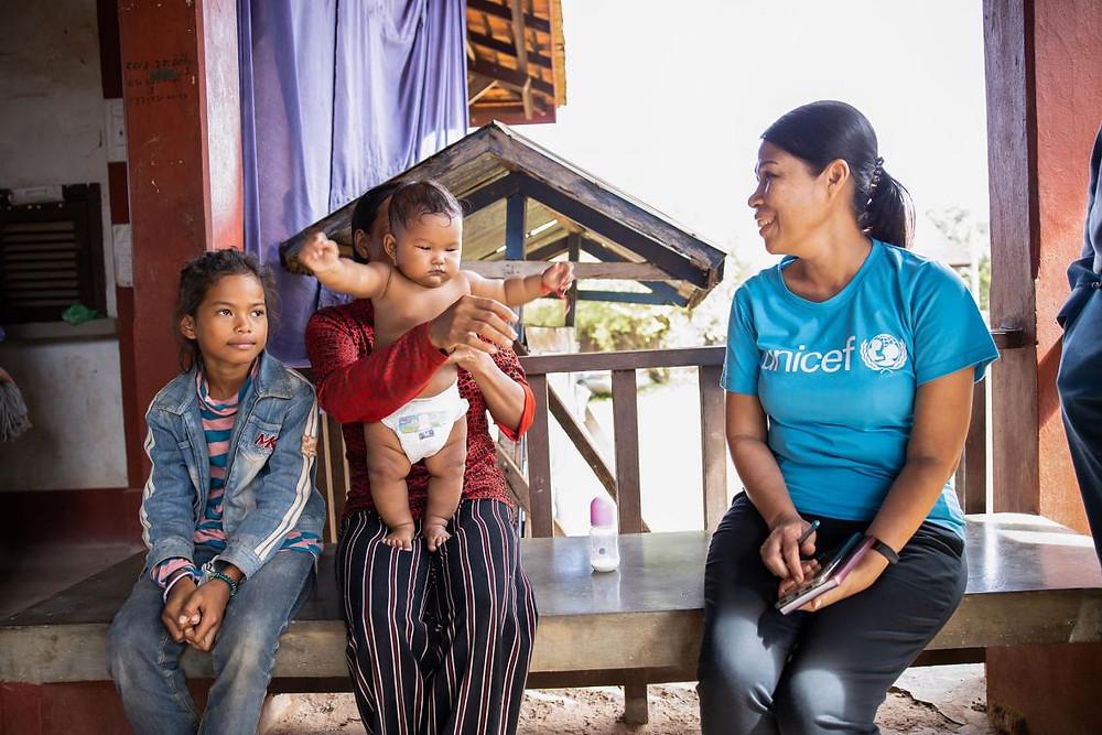Math Kanha, 32 ans, et ses deux enfants de la commune de Po dans la province de Preah Vihear