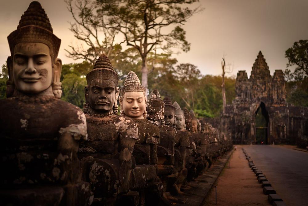 La porte sud d'Angkor, par Régis Binard