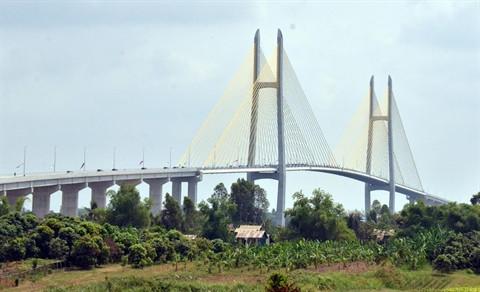 Le pont Tsubasa est situé dans la province de Kandal, à environ 60 km de la capitale de Phnom Penh