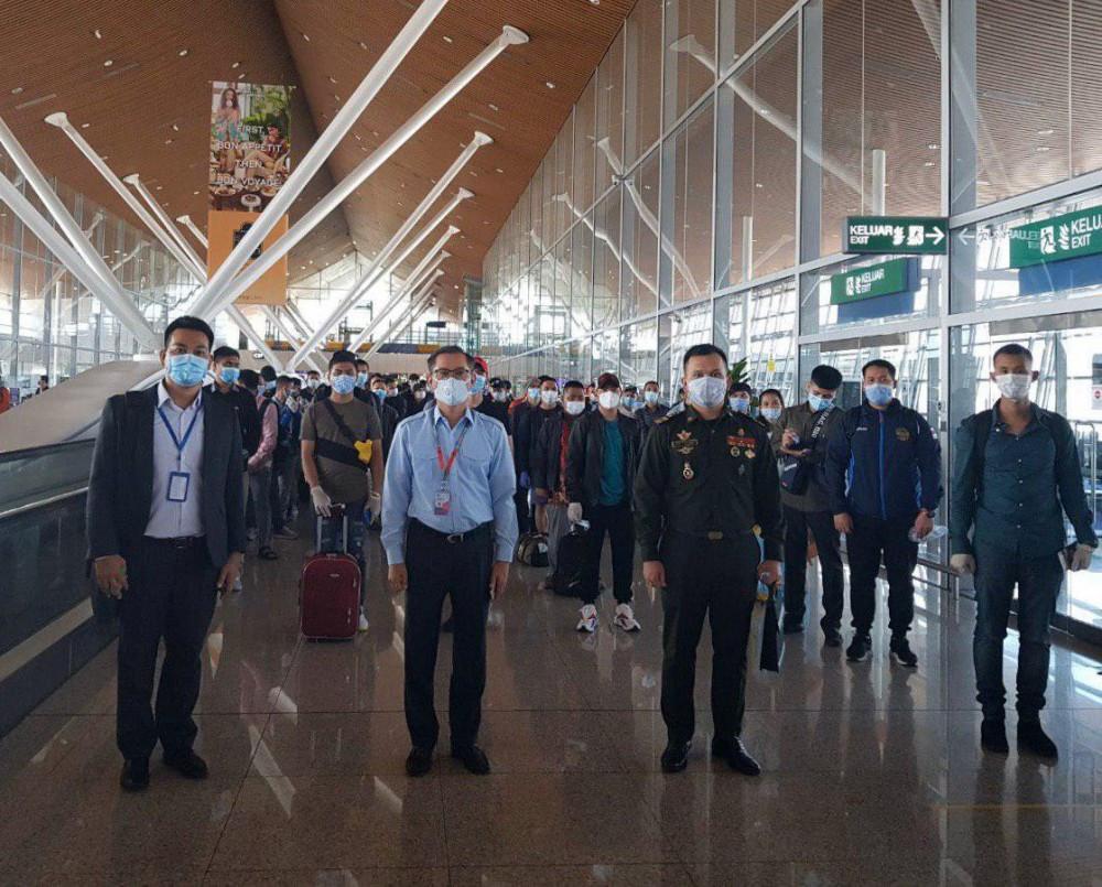 Un groupe de 143 Cambodgiens en provenance de Russie et d'Égypte via Kuala Lumpur