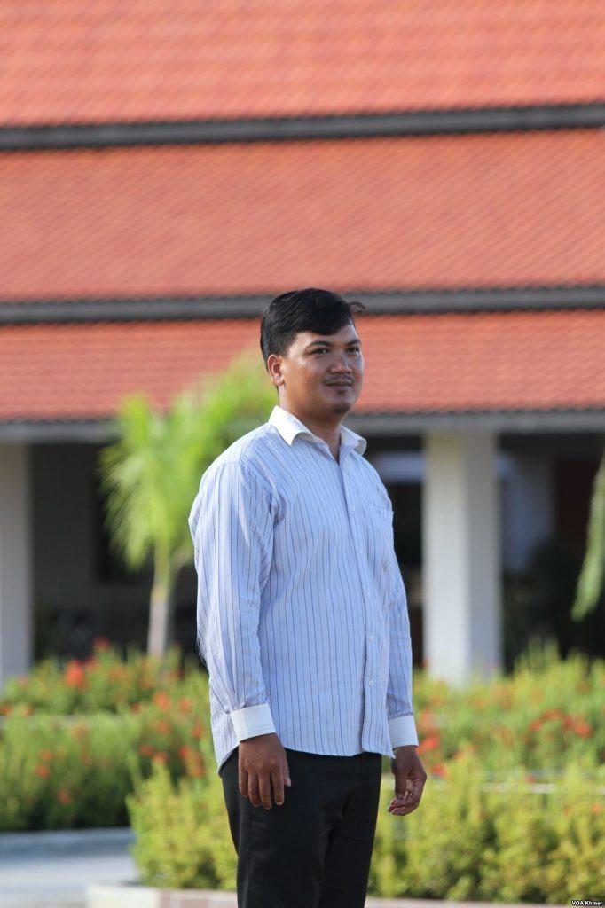 Hou Sopheap, directeur de la Maison de culte baha'i