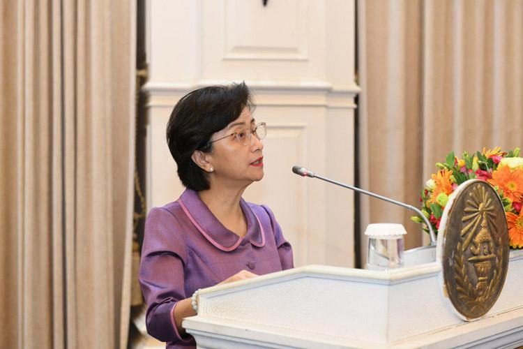 La ministre cambodgienne de la Condition féminine, S.E. Ing Kantha Phavi