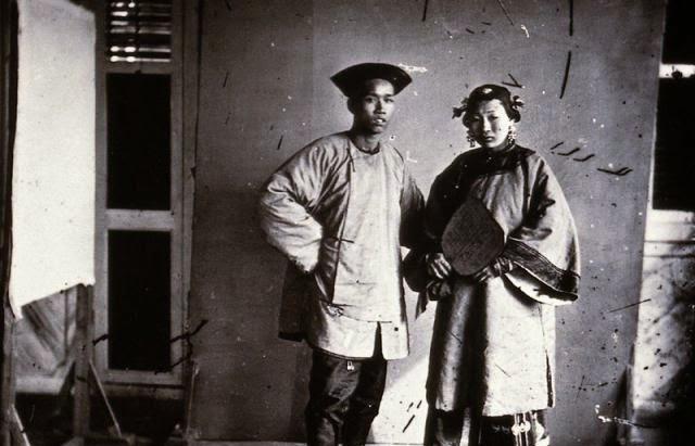 Culture : Thomson, premier photographe de rue en Asie