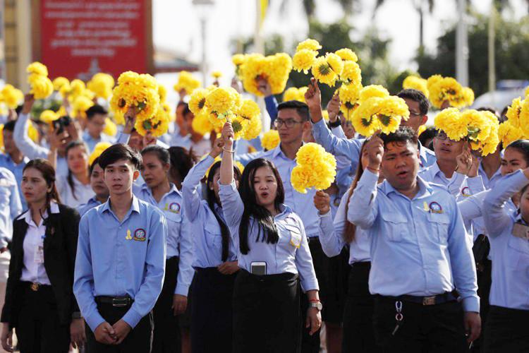 Des milliers de Cambodgiens présents pour ce 65ème anniversaire de l'indépendance