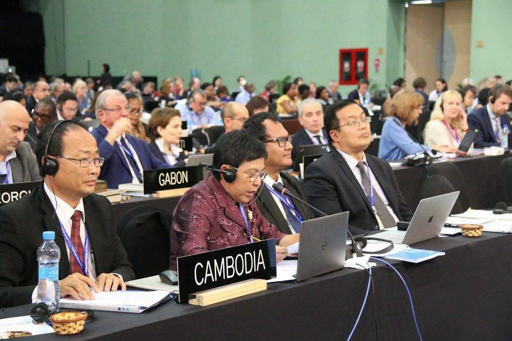 Au centre, Madame Phoeurng Sackona, Ministre de la Culture et des Beaux-Arts lors de cette 13ème session