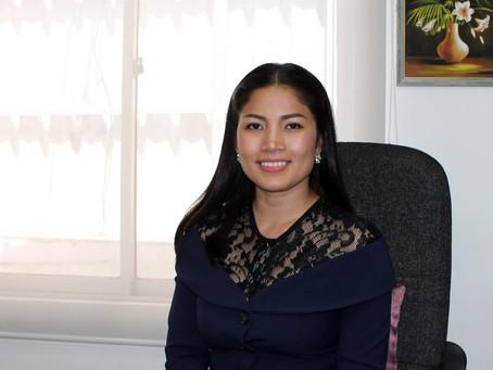 Journée Internationale des Femmes 2021 : Kang Kallyann, journaliste star et enseignante
