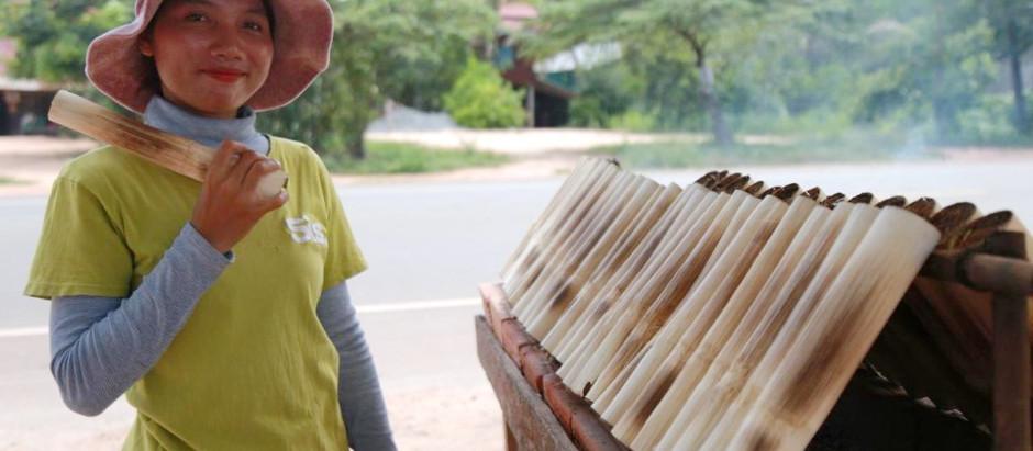 Siem Reap : Kuon Tha, la petite vendeuse de Kralan (ក្រឡាន)