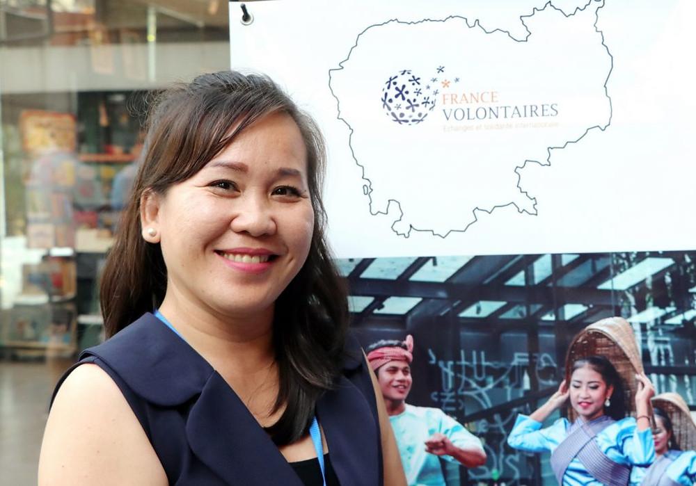 Sok Voleak, représentante nationale de France Volontaires Cambodge. Photographie par Adèle Tanguy