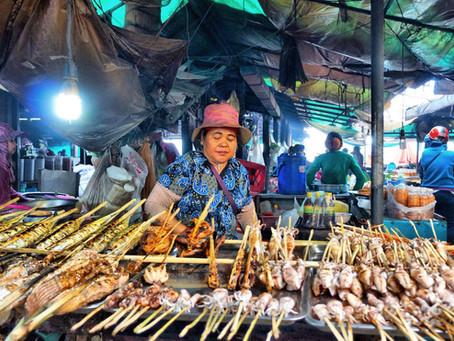 Courrier des lecteurs : Le marché aux crabes de Kep, en quelques pas de travers
