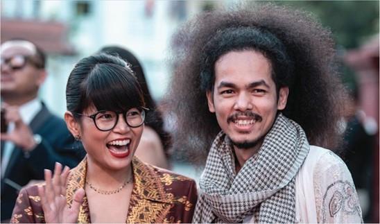 Reaksmey Yean (à droite)