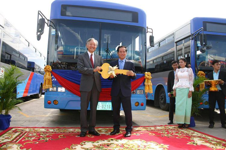 80 nouveaux bus japonais pour Phnom Penh