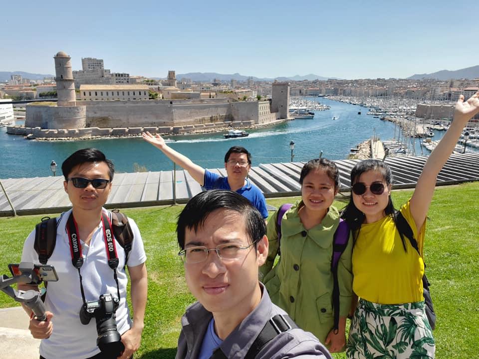 Étudiants d'AMIS à Marseille