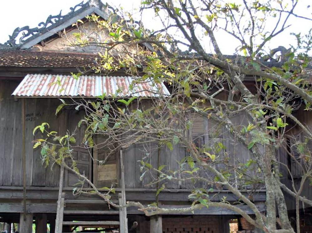 a maison de No Min se trouve l'ancienne maison de Haji Osman Paung