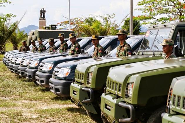 Cette assistance militaire comprend 44 différents types de véhicules militaires, quatre remorques de cuisine, du matériel pour un atelier automobile, etc., a fait savoir le général Chao Phirun, directeur du matériel technique et de la logistique relevant du ministère de la Défense nationale.