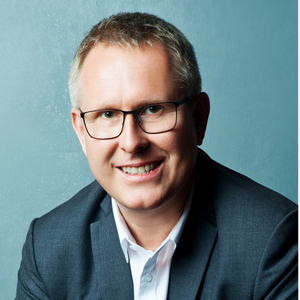 Morten Kvammen est conseiller financier pour Palladium / Investing In Infrastructure (3i)
