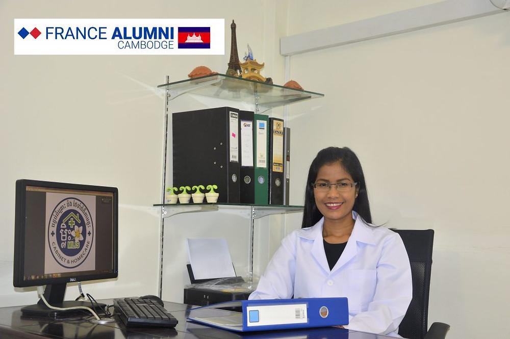 Chanlina Vong, hépato-gastro-entérologue et enseignante à la faculté de médecine, a passé deux ans d'internat à Limoges.