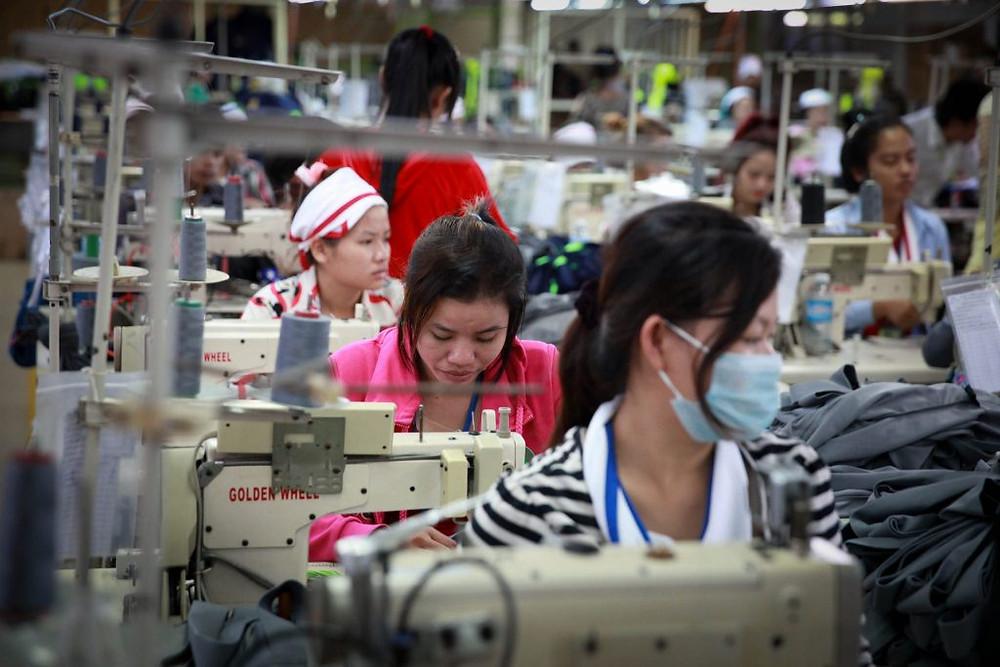 Usine textile cambodge. Photographie ILO (CC)