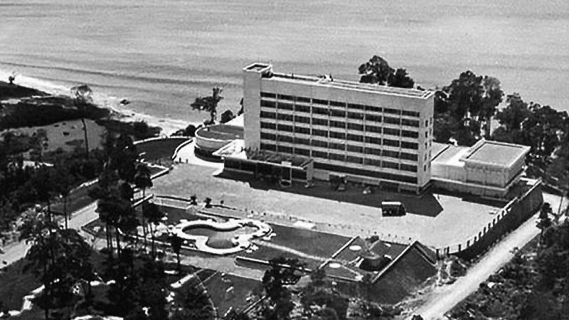 l'Independence Hotel de Sihanoukville dans les années soixante