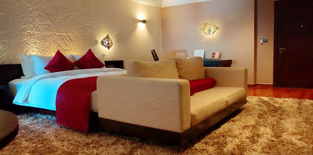 Les suites d'Arunreas offrent tout le confort d'un hôtel de luxe en privilégiant le souci d'esthétisme propre à son concept