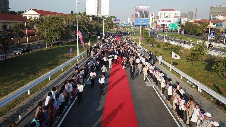 Le pont de l'amitié Cambodge-Japon rénové et remis en service
