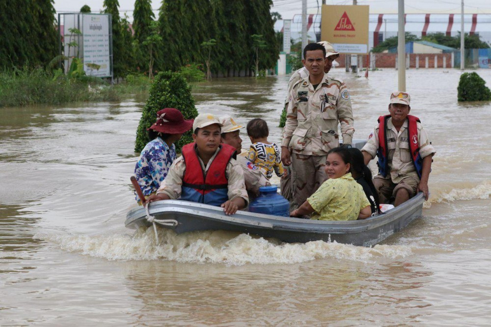 Inondations en province