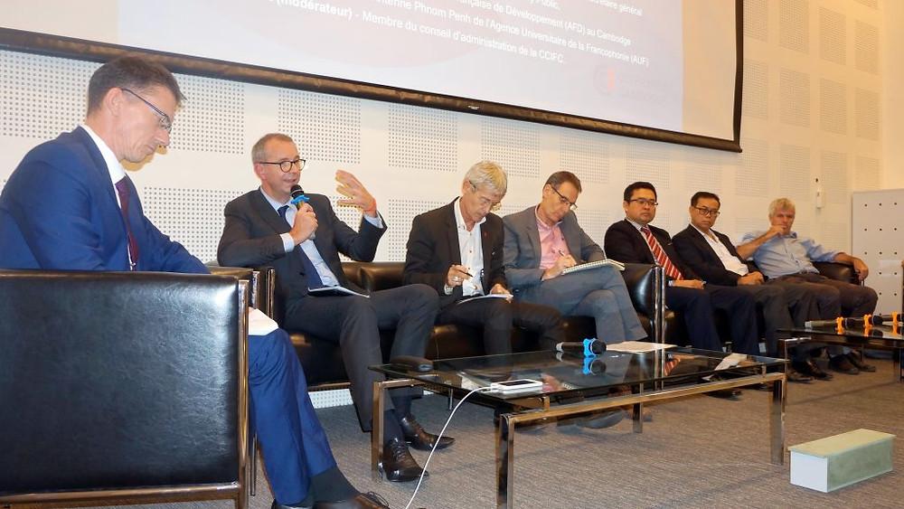 Table ronde surl'éducation et l'insertion professionnelle à la CCIFC
