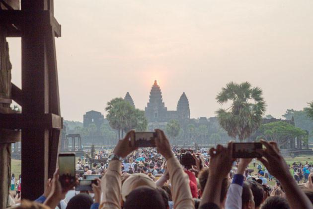 Équinoxe à Ankor Wat