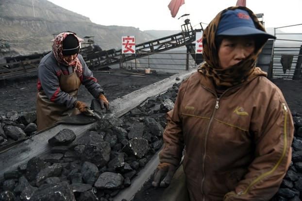 china-coal-workers-datong-nov20-2015.jpg