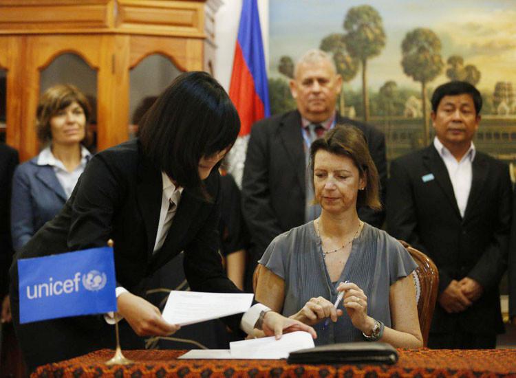 Mme Natascha Paddison, représentante de l'UNICEF au Cambodge