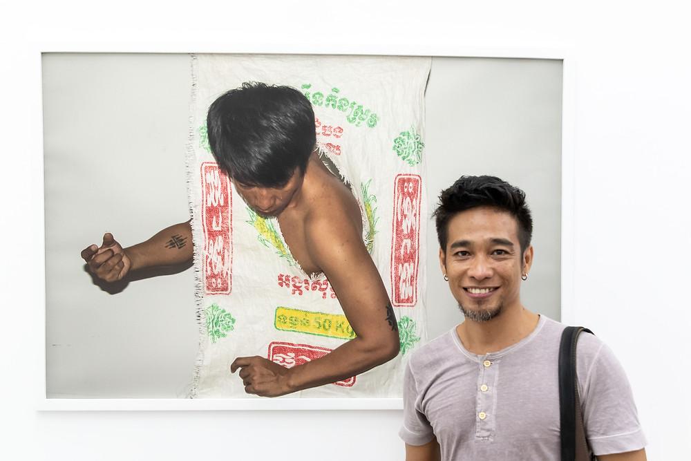 L'artiste et performeur Khun Vannak