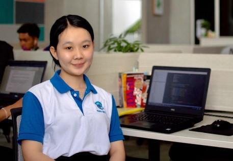 Chao Chinh Lyly a lancé PAPA Deliver avec quatre autres amis en 2018. Photo fournie.