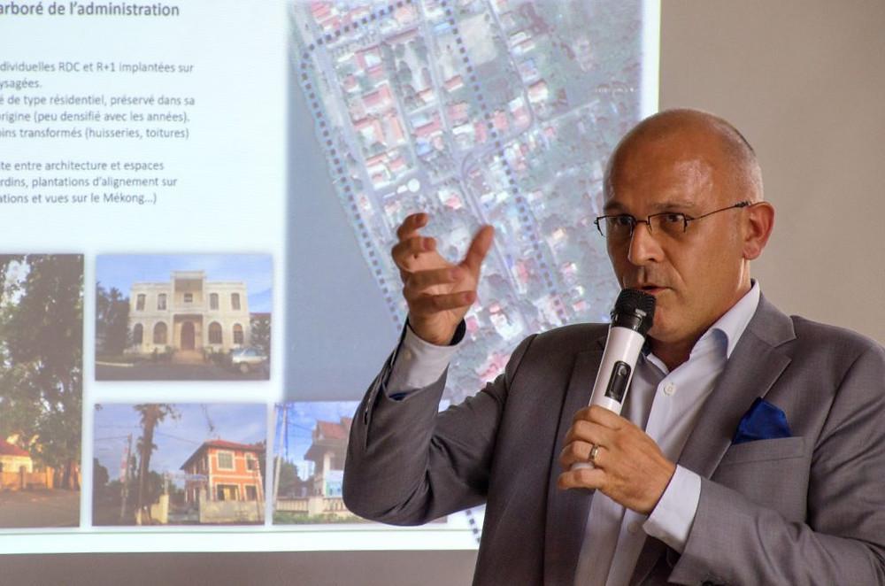 Michel Cassagnes, architecte intervenant sur le thème de la protection du patrimoine et du tourisme durable