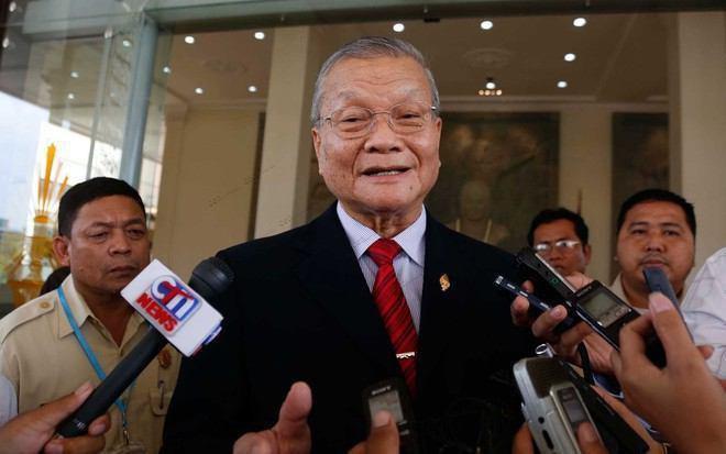 Le porte-parole du Comité national des élections (CNE), Hang Puthea