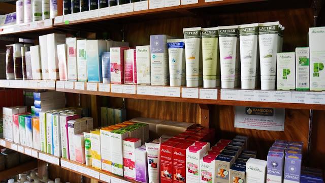 Rayon cosmétiques de La Vie Claire à Phnom Penh