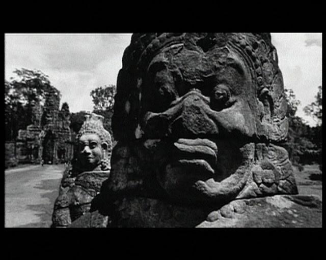 L'ombre d'Angkor Réalisé par Levy Pierre-Oscar et Spitzer Barbara