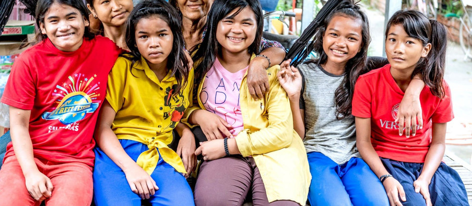 ONG & Social : Un village réservé aux jeunes filles, femmes et grand-mères cambodgiennes