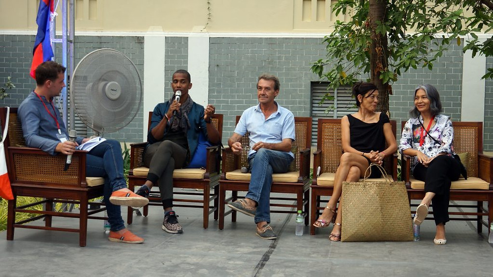 Eric Raisina (Haute Texture), Eric Stocker (Angkor Artwork E&T), Marina Pok (For Arts Sake Thaddeus Gallery) et Sirivan Chak-Dumas (MaisonSirivan)