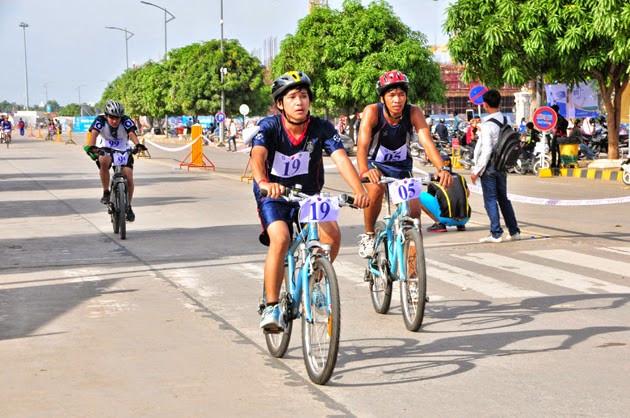 La course de cycles. Photo: Sin Sareth