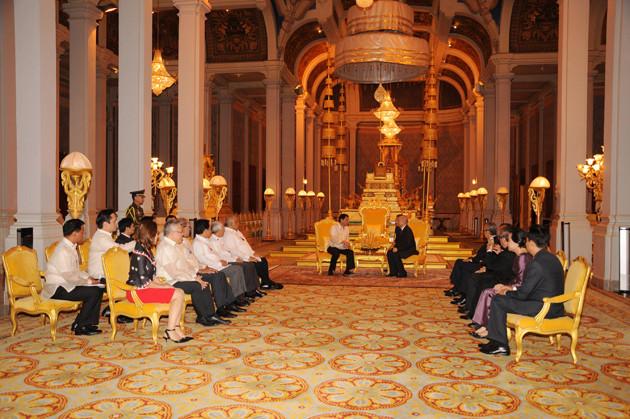 Audience Royale pour Rodrigo Duterte