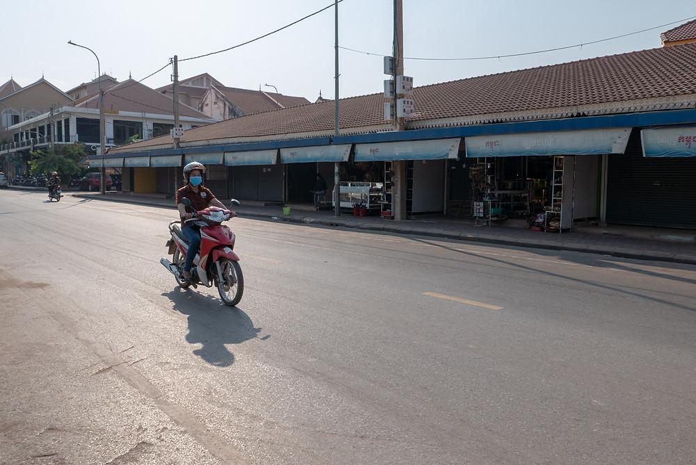 Le Vieux marché, fréquenté tant par la population locale que par les touristes, a été déserté