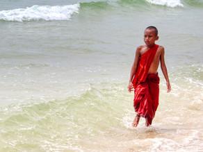 Cambodge & Balade photographique : Au hasard des plages, visages et constructions de Sihanoukville