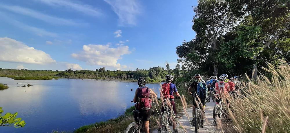 Randonnée avec Terre Cambodge