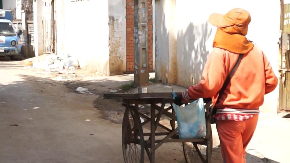 À travers les petites rues de Phnom Penh