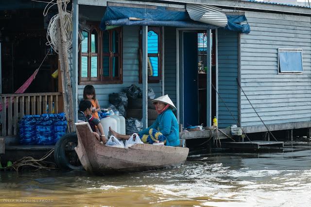 Village flottant. Photographie par Julia Maudlin (cc)